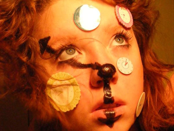 Duración del maquillaje de ojos vs inocuidad de sus componentes