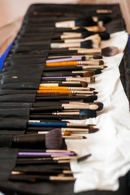 Limpiar brochas y pinceles